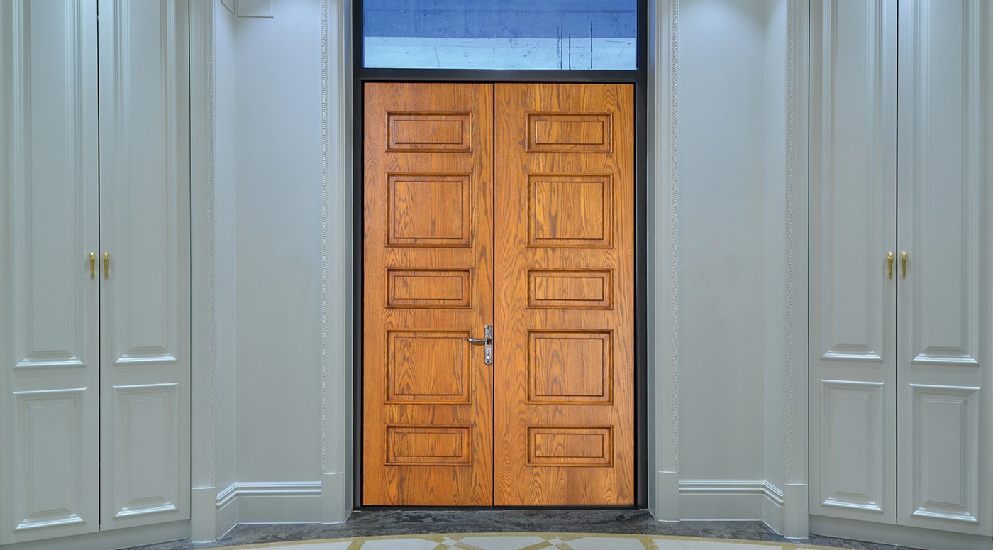 Example of Groke front door with wood panel